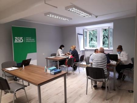 Współpraca Powiatowego Centrum Pomocy Rodzinie w Wałbrzychu z Zakładem Ubezpieczeń Sp